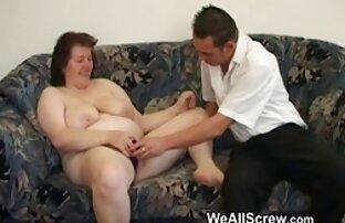 jeritan sukacita seks dengan perempuan mengandung seorang pria besar di pantatnya