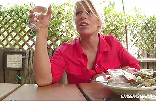 Kaus kaki Thailand di stoking Heather Deep Membuat video sementara orang-orang merokok, Deep Throat. bersetubuh dengan ibu hamil