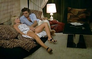 istirahat setengah bintang bercinta dengan suami pada jenis bar.